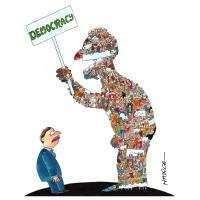 Harca - Diktátor a demokracia